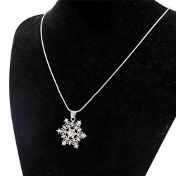 Collier flocon de neige strass