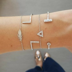 Lot de 4 bracelets feuille strass triangle